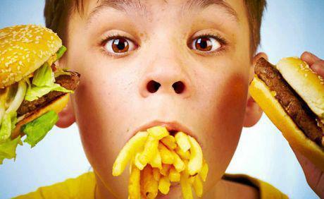 Πόσο συχνά μπορεί να τρώει το παιδί μου fast food;