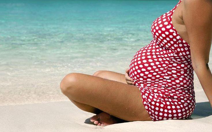 Πώς μπορεί μια έγκυος να κάνει πιο υποφερτό το καλοκαίρι