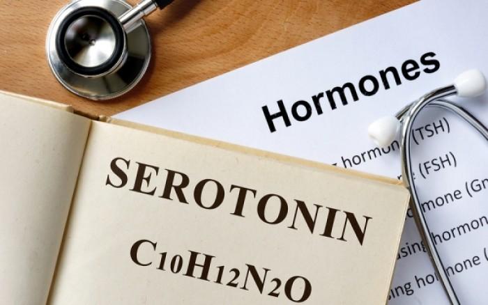 Σεροτονίνη: Πως θα ενεργοποιήσετε την ορμόνη της ευτυχίας