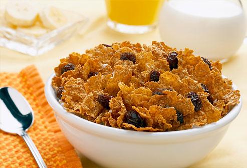 Τα οφέλη της κατανάλωσης πρωτεΐνης στο πρωινό για τους έφηβους