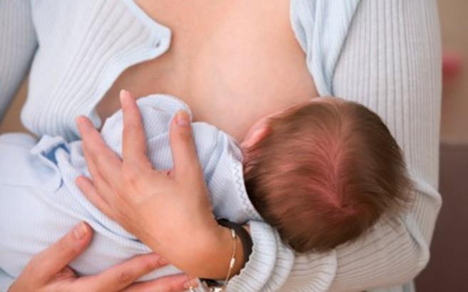 Τα οφέλη του μητρικού θηλασμού για την υγεία του βρέφους