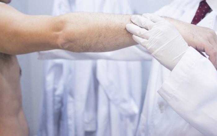 Τα σημάδια στο δέρμα που δείχνουν πρόβλημα στο γαστρεντερικό