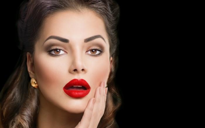 Το μυστικό για σαρκώδη χείλη, ασφαλή και μόνιμα