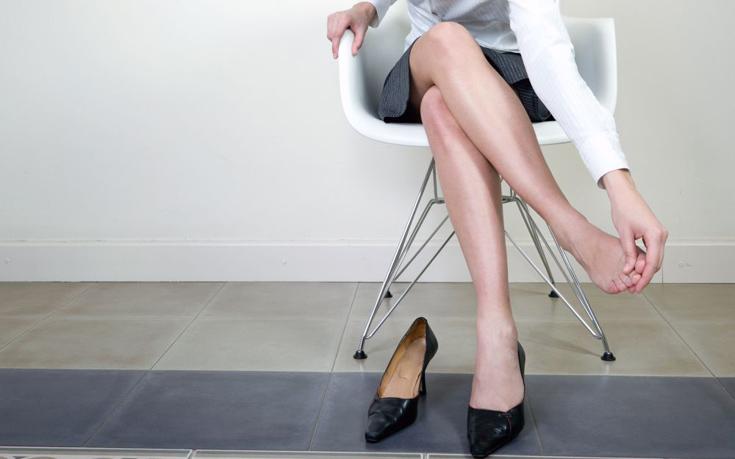 Αντιμετωπίστε φυσικά τους πόνους στα πόδια