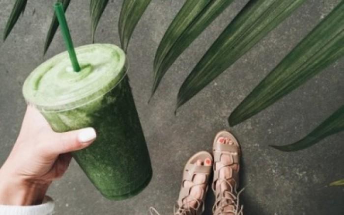 Αποτοξίνωση τώρα: «Καθάρισε» τον οργανισμό σου με αυτό το πράσινο smoothie!