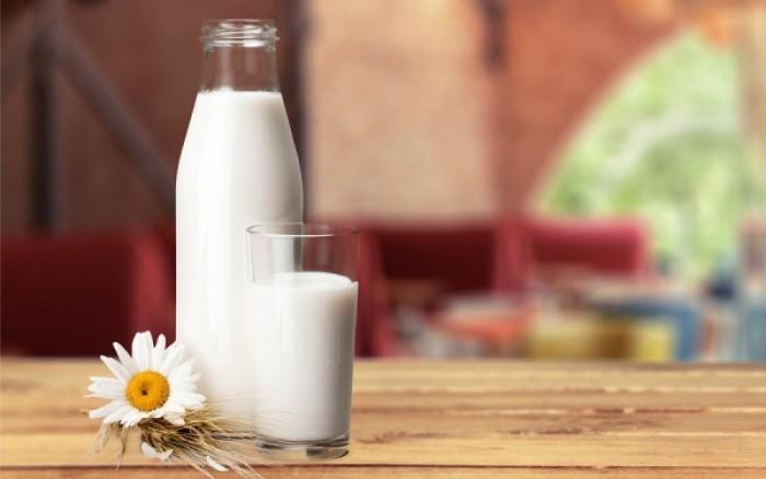 Από τι κινδυνεύουν όσοι πίνουν πολύ γάλα
