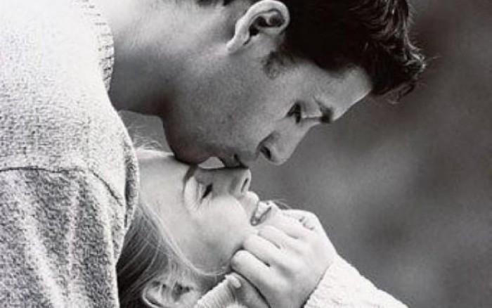 Για πάντα μαζί & αγαπημένοι: Τα 5 μυστικά για σχέσεις που αντέχουν στο χρόνο
