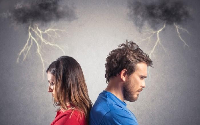 """Κεφάλαιο """"Απιστία"""": Οι 5 λόγοι που απατούν άντρες και γυναίκες"""