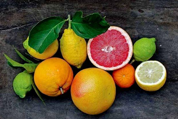 Μήλο, πορτοκάλι, λεμόνι και μέλι για...τέλειο μακιγιάζ!