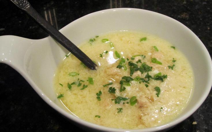 Σούπα αυγολέμονο με κοτόπουλο