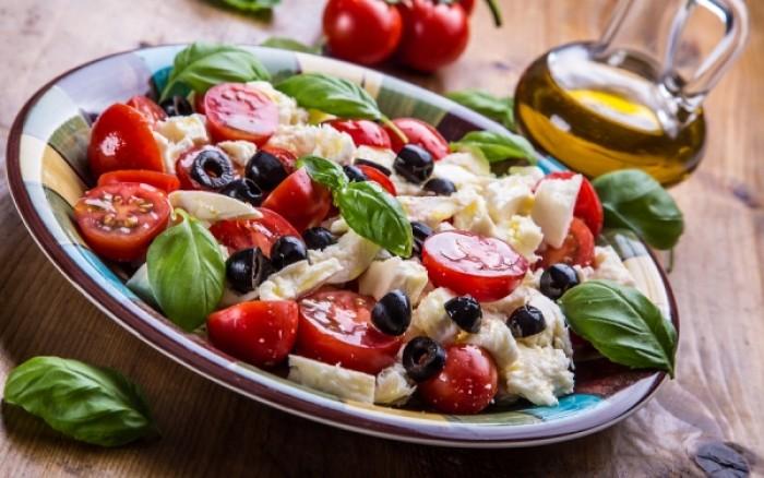 Ήπια άσκηση & μεσογειακή διατροφή απομακρύνουν τον κίνδυνο των καρδιαγγειακών νοσημάτων