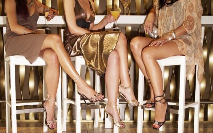 Είναι κακό να καθόμαστε σταυροπόδι;
