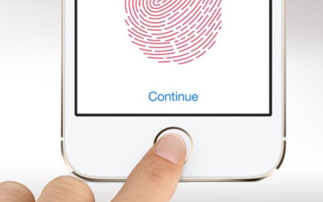 Η Apple σχεδιάζει να φέρει το Touch ID στα MacBooks