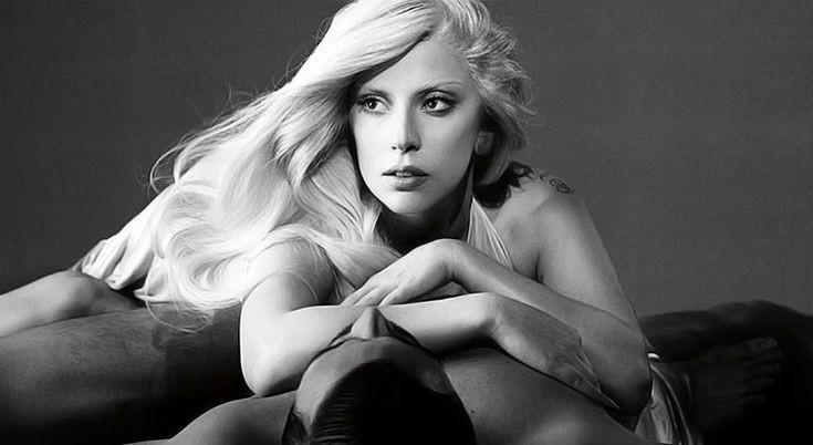 Η Lady Gaga, Γυναίκα της Χρονιάς για το 2015