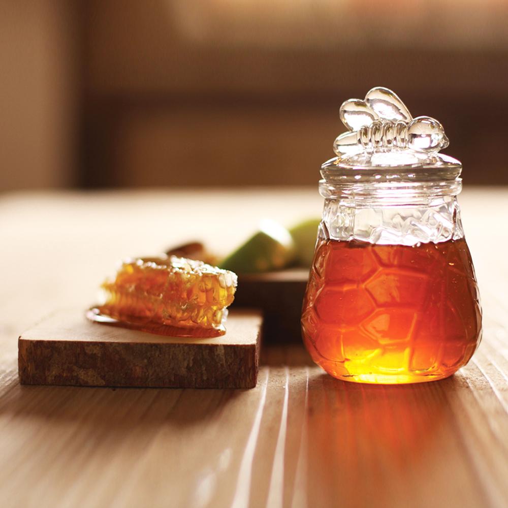 Μια σταγόνα μέλι αρκεί, για να ενυδατώσετε βαθιά την επιδερμίδα σας!