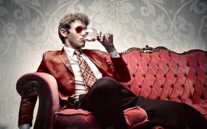 Ποιοι πρέπει να πίνουν κρασί αντί για νερό το βράδυ