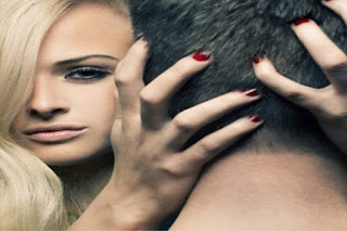 Πώς εντοπίζουν οι άντρες τις άπιστες γυναίκες