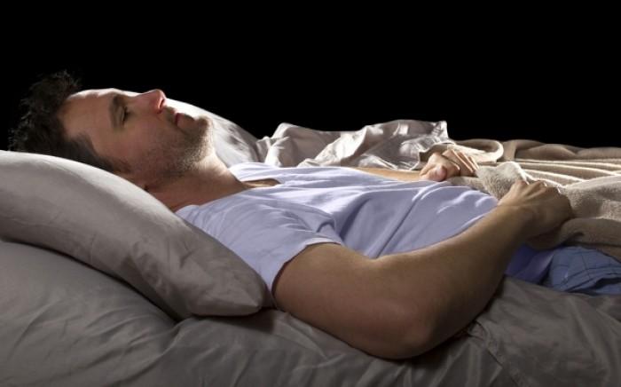 Άπνοια ύπνου: Ποιο σοβαρό πρόβλημα υγείας μπορεί να προκαλέσει