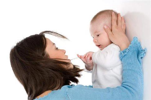 Απλές διατροφικές συμβουλές για να αντιμετωπίσετε τους κολικούς στα μωρά