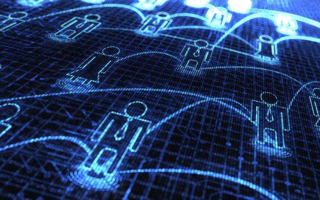 Επτά στα δέκα νοικοκυριά έχουν πρόσβαση στο ίντερνετ από το σπίτι