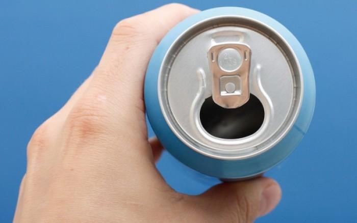 Καρδιακή ανεπάρκεια: Δείτε πόσο αυξάνει τον κίνδυνο μόλις ένα κουτάκι αναψυκτικό