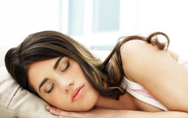 Νέα δεδομένα για τη σχέση του ύπνου με τα κιλά