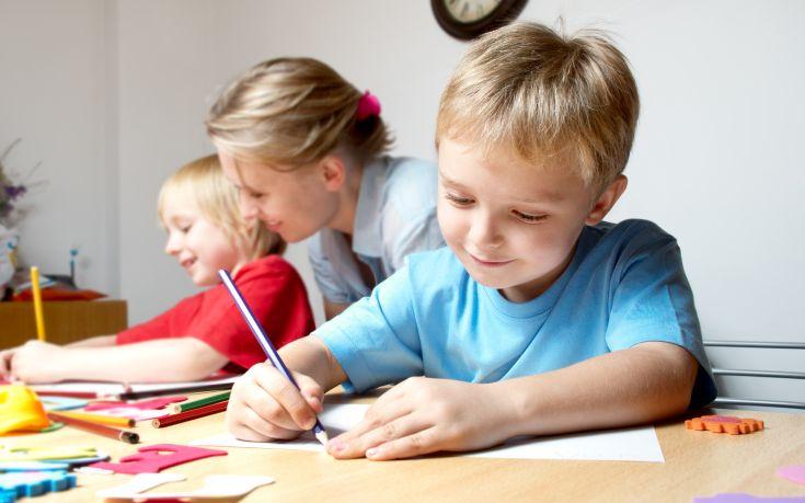 Πώς μια σταφίδα μπορεί να προβλέψει την επιτυχία του παιδιού σας στο σχολείο