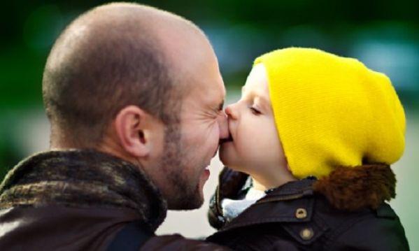Τα τρία λάθη που κάνουν οι μπαμπάδες με τα παιδιά τους