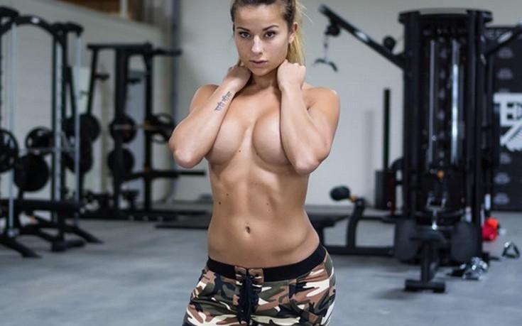 Το κορίτσι του γυμναστηρίου