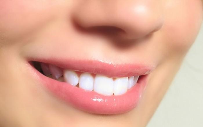Λαμπερό χαμόγελο: Όλες οι θεραπείες-εξπρές