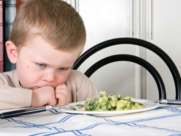 Μην κάνετε θέμα όταν το παιδί σας αρνείται να φάει κάποιο τρόφιμο