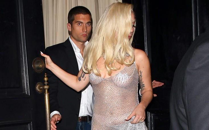 Οι διαφάνειες της Lady Gaga