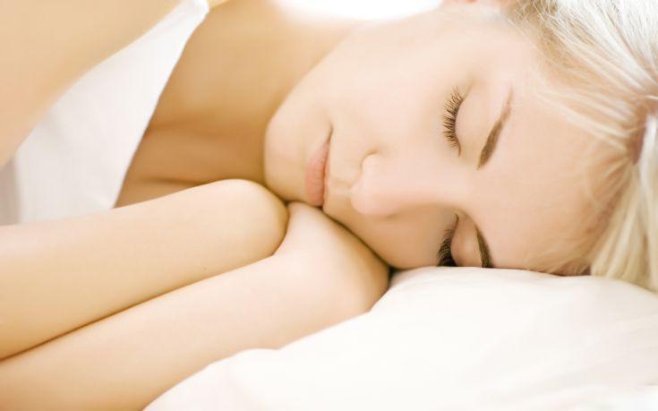 Ο πολύς ύπνος σε συνδυασμό με καθιστική ζωή βλάπτουν την υγεία