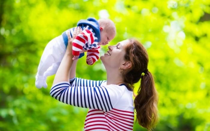 Ποια είναι η καλύτερη ηλικία να κάνει μια γυναίκα παιδί
