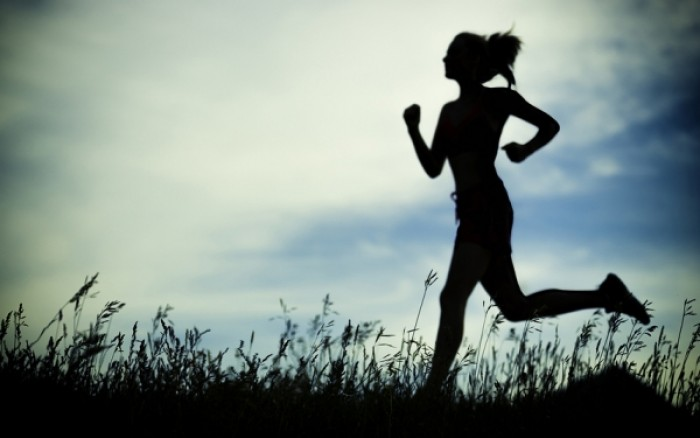 Τι πρέπει να πίνετε πριν γυμναστείτε και γιατί
