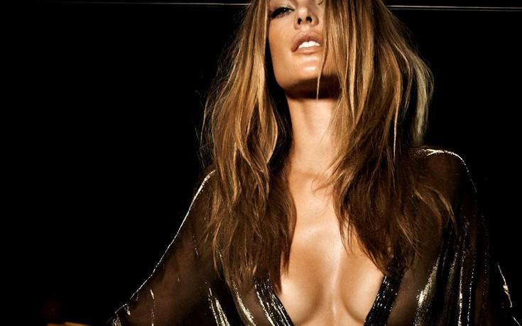 Επτά αλήθειες για την Alessandra Ambrosio