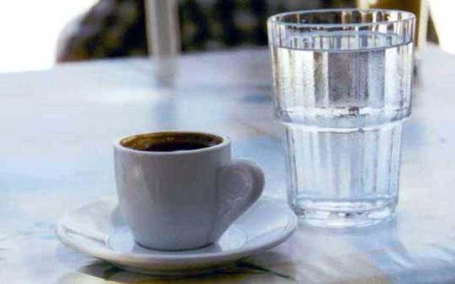 Μυστικά αντιγήρανσης από τον ελληνικό καφέ