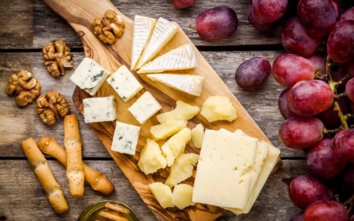 Ποια είναι τα πιο υγιεινά και θρεπτικά τυριά