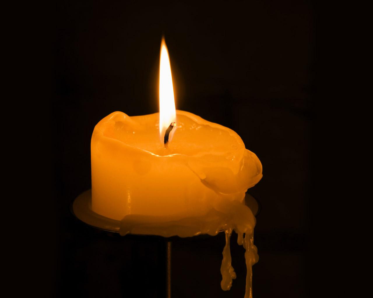 Πως να βγάλετε τους λεκέδες από κερί