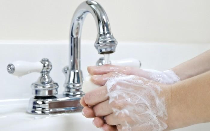 Στους πόσους βαθμούς το νερό σκοτώνει τα μικρόβια