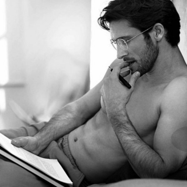 4 μεγάλοι μύθοι που όλες πιστεύουμε για τους άντρες