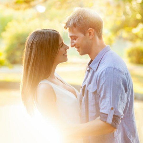 Έρευνα που αποκαλύπτει: ποια είναι η σχέση των γυναικών με τα ερωτικά βοηθήματα