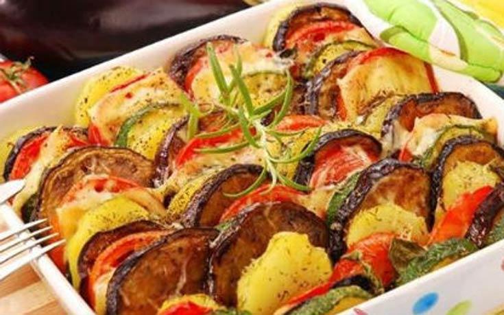 Ανάμεικτα λαχανικά στο φούρνο με τυρί