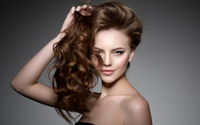 Αυτή είναι η διατροφή για όμορφα, γερά και λαμπερά μαλλιά