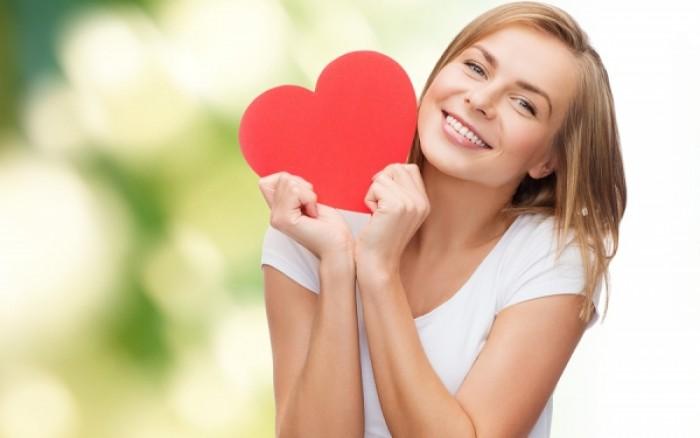 Γυναίκες και καρδιαγγειακά: Ο παράγοντας που μειώνει τρεις φορές τον κίνδυνο