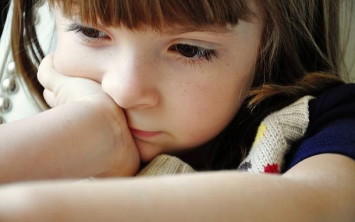 Νόσος Νίμαν-Πικ τύπου C: Με ποια συμπτώματα εκδηλώνεται το «παιδικό Αλτσχάιμερ»