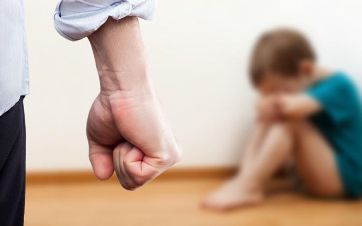 Οι οδυνηρές συνέπειες του ξύλου στα παιδιά