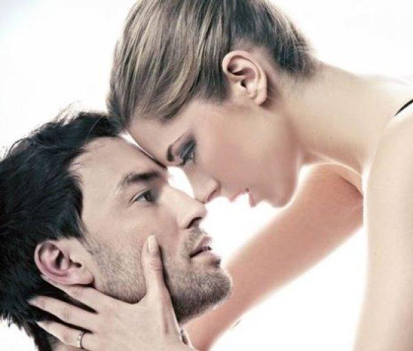 5 απίστευτα πράγματα που ερεθίζουν έναν άντρα σε μία γυναίκα!