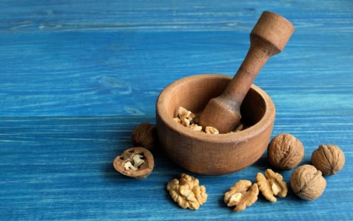 Αδυνάτισμα & κακή χοληστερόλη: Πόσα καρύδια πρέπει να τρώνε οι γυναίκες