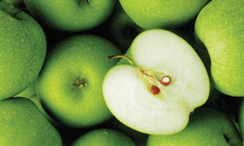 Διώξτε την πιτυρίδα με πράσινο μήλο!